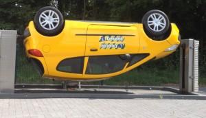 ongevalssimulator ondersteboven